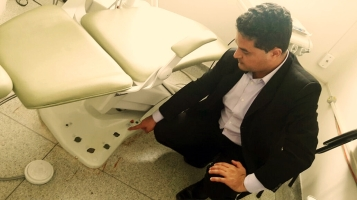 Moisés Lazarine visita UBS do bairro Azulville