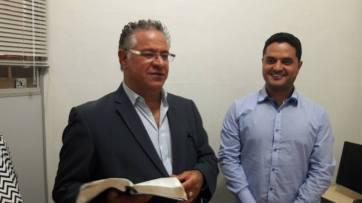 Pastor Ismael da Silva e o vereador Moisés Lazarine