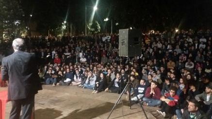 Ciro Gomes palestrando em São Carlos